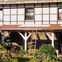 Der Holzhandwerker Zimmerei und Holzbau - Meisterbetrieb