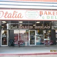 Italia Bakery And Deli