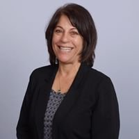 Lori Roques with Signature Real Estate Group