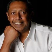 Amarjit Gill Cosmetic Dentist