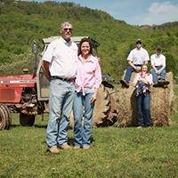 D & E Hardware & Farm Supply