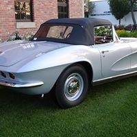 Roberts Corvettes and Classics