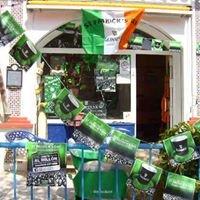 Dalziel's Cafe Bar (The 19th Hole)