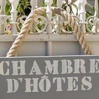 L'Abri des Hirondelles-Chambre d'hôtes/B&B