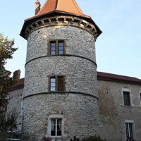 Chateau De Chapeau Cornu