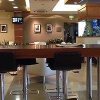 LaValette Executive Lounge