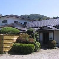 Fuji-Hakone Guest House / 富士箱根ゲストハウス