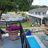 Triggs Bay Resort