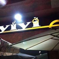Cafe y Copas YiYi