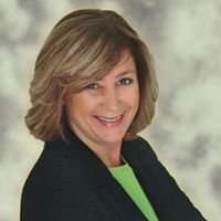 Karen Sussman, Luxury Property Specialist