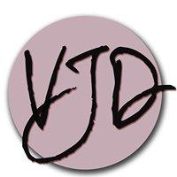 V. James DiPerna Photography  Headshots/Portraits