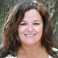 Parker Properties Agent Shellie Leech