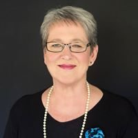 Marilyn Davies - Real Estate Agent