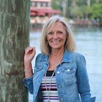 Anita Smith, Realtor / The Keyes Company of Stuart