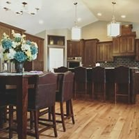 Feucht's Custom Cabinets