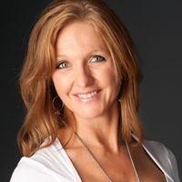 Dr. Lisa Staudt