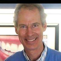 Bracebridge Dental Care: Dr Ken Hawthorn