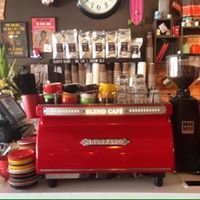 Blend Cafe & Pizza Bar