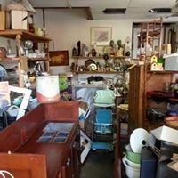 Pickers Indoor Flea & Collectibles Market