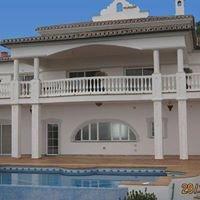 Villa for rent on Costa del Sol, 4 bedrooms, 3 bathrooms, sleeps 8-10