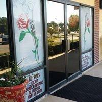 Red petal salon