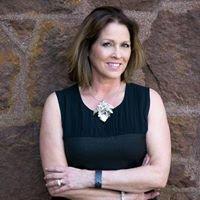 Trish Murphy, Real Estate Agent