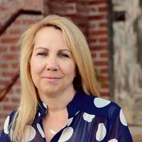 Susan Foretich, Real Estate Broker