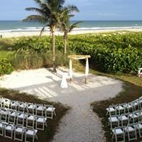 Cocoa Beach Weddings at Intl. Palms Resort