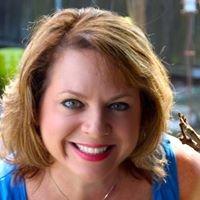 Amanda Walker - Realtor, Crescent City Living LLC