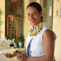 """אורית הרץ - ביה""""ס ללימודי עיצוב ושזירת פרחים, עיצוב אירועים"""