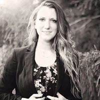 Sarah Curran - Long & Foster Real Estate