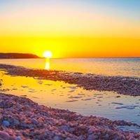 Cedar beach Mt Sinai