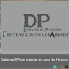 Châteaux Dans Les Arbres