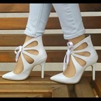 أحذية بوراس