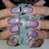 Glitz N Glam Nails