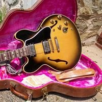 Neal's Guitars