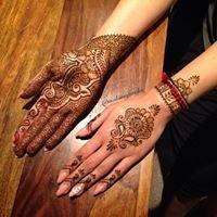 Mohima Farchu makeup and henna