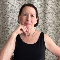 Dr Deanne Roberts MD