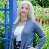 Christa Smith, Savvy Brand Builder
