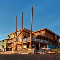 The Oceanfront Hotel & Whale's Rub Pub