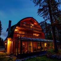 Moss Mountain Inn at Glacier National Park