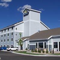 Days Inn and Suites- Cheyenne