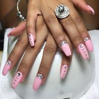 Charm nails Abbotsford