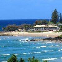 Rainbow Bay Surf Club on Snapper Rocks