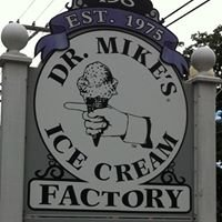 Dr. Mike's Ice Cream Shop / Bethel