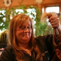 Hair Fashions by Laurie