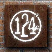 Public House 124