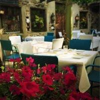 Zoubi Restaurant & Bar