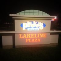 Pluckers Wing Bar