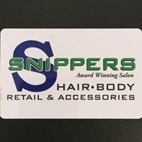 Snippers Hair & Body Studio - Devon, AB